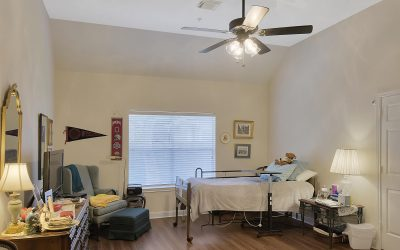 More Than Decor: Personalizing Your Loved One's Room in Assisted Living