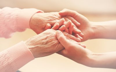 Understanding the Difference Between Memory Care and Assisted Living