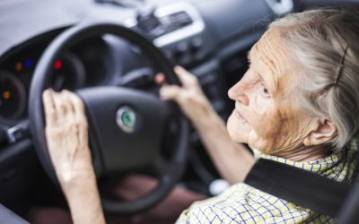 When Should Seniors Stop Driving? 7 Signs It's Time