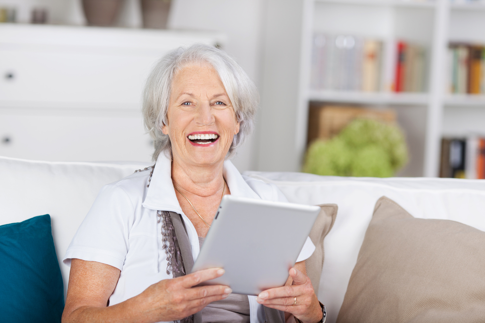 Seniors and Social Media: 7 Key Benefits