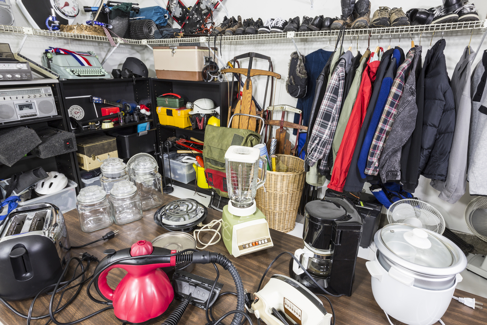 5 Ways to Offer Hoarding Help For Your Loved One