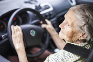 When Should Seniors Stop Driving? 7 Signs It's Time; Memory Care, The Woodlands, TX, Unlimited Care Cottages