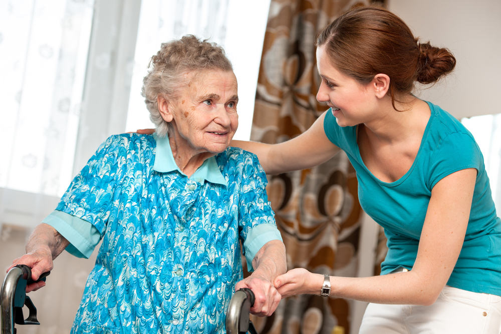 The Differences Between a Caregiver and a Nurse, Memory Care, Assisted Living, Unlimited Care Cottages