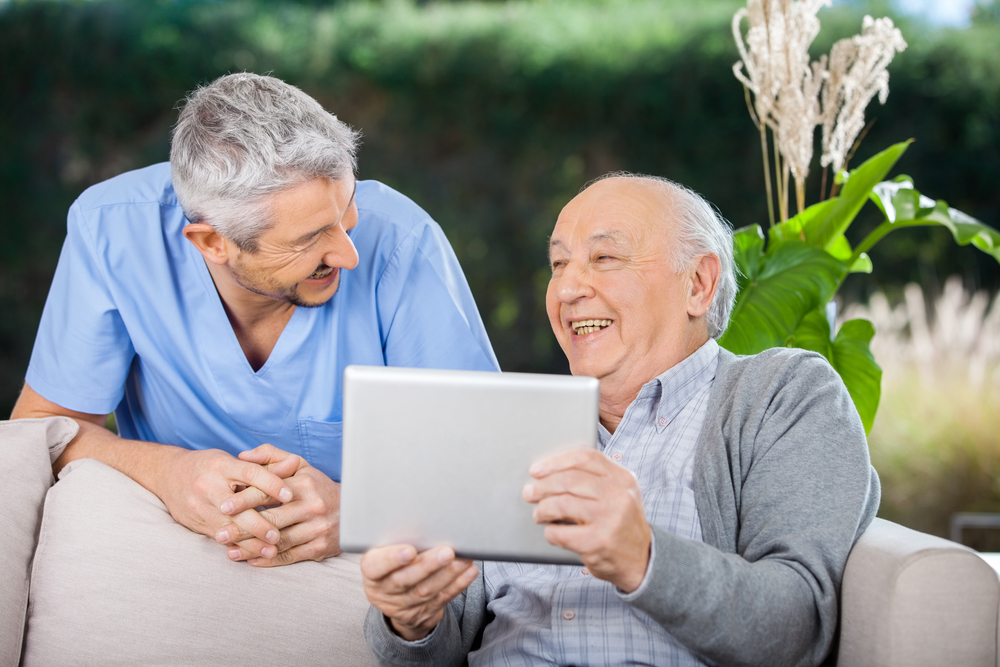 4 Senior Living Technology Trends Revolutionizing Elderly Care, Unlimited Care Cottages, Houston, TX