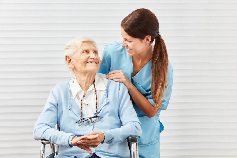 6 Red Flags to Watch Out for in an Assisted Living Facility