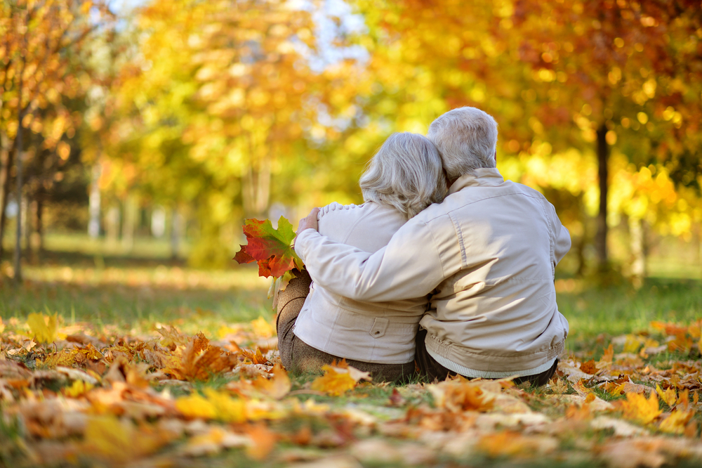 6 Fall Activities for Seniors